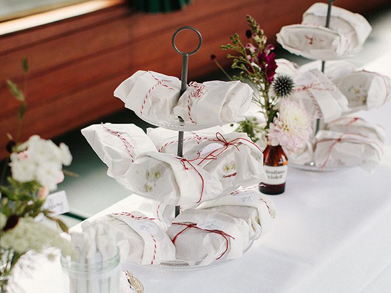 Hochzeitsgesellschaft - Heiraten auf dem Schiff